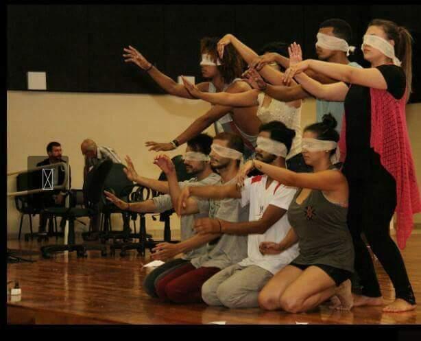 Os dançarinos da Cia Contempurban durante uma apresentação (Foto: Divulgação)