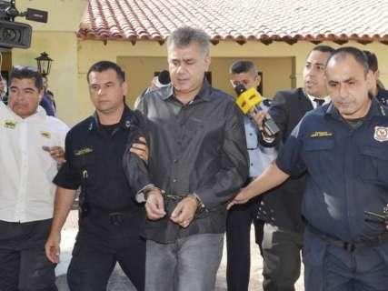 Pavão escapa de nova condenação no Paraguai e sai da cadeia no fim do ano