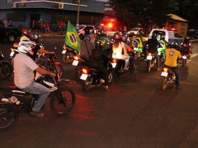 Em Amambai o comércio fechou as portas uma hora mais cedo, às 17h. (Foto: Gazeta News)
