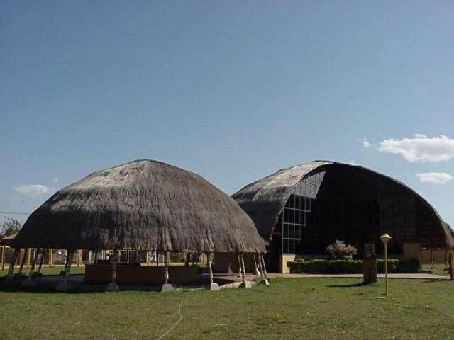Memorial da cultura indígena no bairro Tirandentes