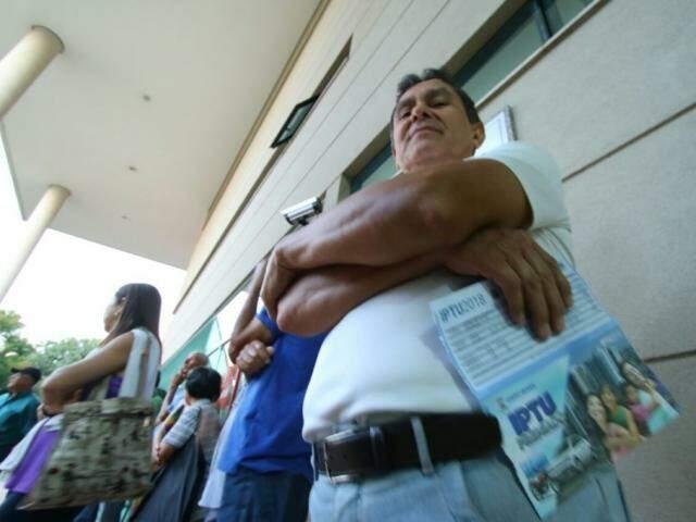 Ocampos pagou R$ 300 de taxa de lixo; ele soube da restituição pela imprensa
