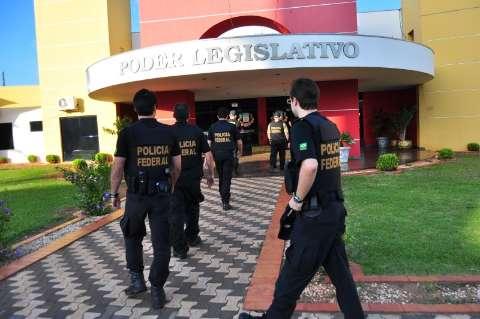 MPE pede afastamento de mais oito vereadores por corrupção em Naviraí
