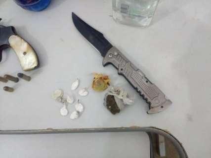 Dois são presos em festa regada a drogas e bebida entre adolescentes