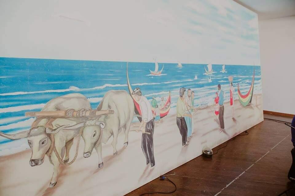 Pintura era o centro das atenções no palco do salão