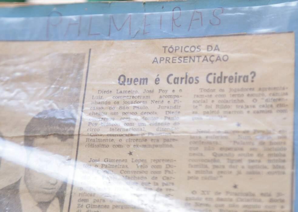 Recorte de um jornal da época mostra a curiosidade da imprensa sobre Copeu no dia da sua apresentação à Seleção (Foto: Arquivo pessoal)