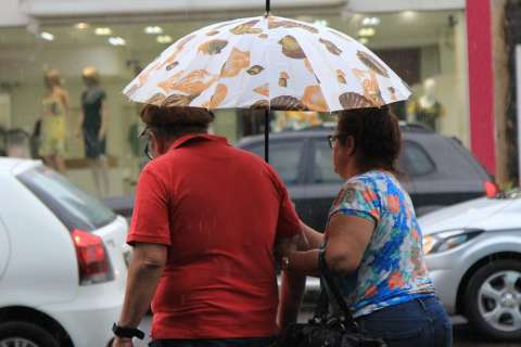 Chuva atinge 12 milímetros e Inmet alerta para risco de tempestade