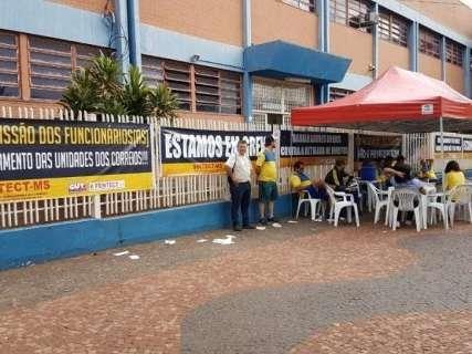 Correios planejam mutirão para evitar prejuízos com entregas após greve