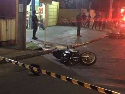 Motociclista que morreu após colisão tinha 39 anos e avançou a preferencial