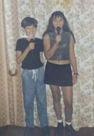 Irmãos cantavam juntos na escola e aniversários da cidade.