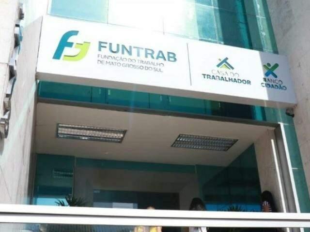 Interessados nas vagas devem comparecer na sede da Funtrab (Foto: Arquivo)