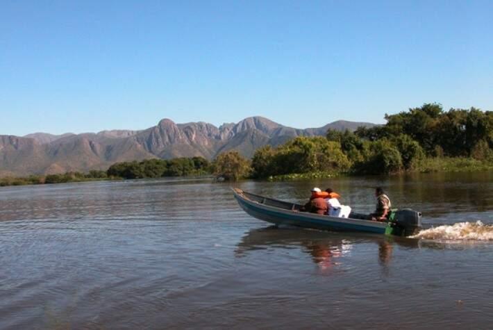 Pesque-solte atrai turistas que movimentam milhões na economia de Corumbá (Foto: Edemir Rodrigues/Correio de Corumbá)