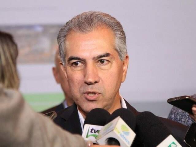 Governador do Estado, Reinaldo Azambuja, durante em entrevista à imprensa. (Foto: Marina Pacheco/Arquivo).