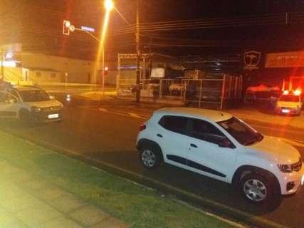 Um é preso e três dirigiam bêbados em cruzamento onde jovem foi morto