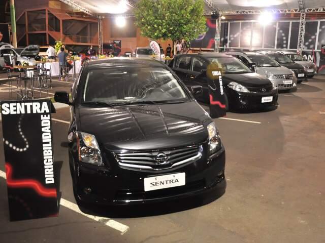 Montadora japonesa realiza evento no estacionamento do Shopping Campo Grande.
