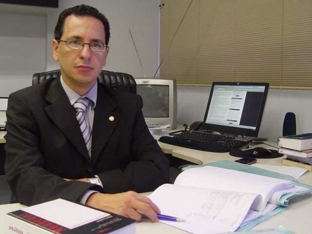 Procurador-geral de Justiça, Paulo Passos, quer a rejeição da emenda (Foto: Divulgação/MPMS)