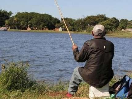 Vereadores seguem prefeitura e mantêm pesca na Lagoa Itatiaia