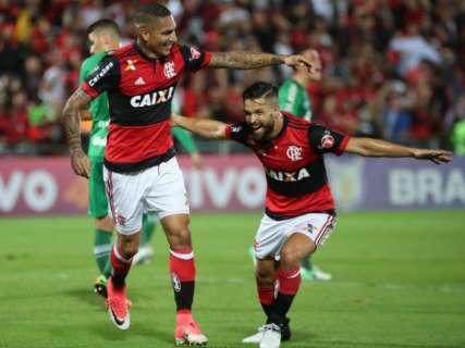 Flamengo goleia a Chape por 5 a 1 e sobe para a 8ª posição do Brasileiro