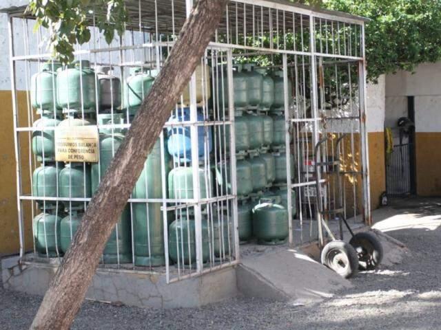 Preço do gás de cozinha teve leve alta em Campo Grande (Foto: Arquivo/Campo Grande News)