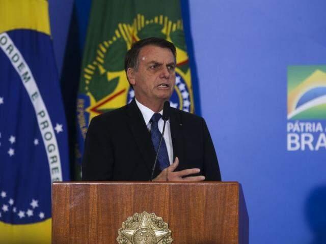 Bolsonaro revogou decreto que regulamentava a posse de armas no país após texto ser derrubado no Senado. (Foto: Antônio Cruz/Agência Brasil)