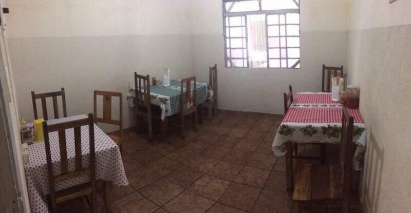 Onde ficavam algumas mesas na casa.