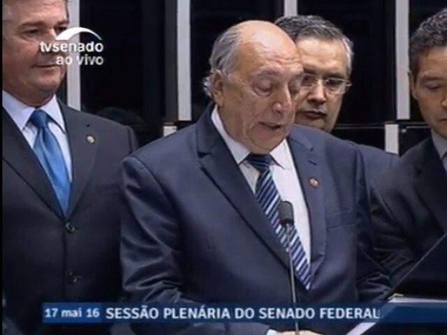 Então primeiro suplente de Delcídio, Pedro Chaves herdou o mandato no Senado com a cassação do titular. (Foto: TV Senado/Reprodução)