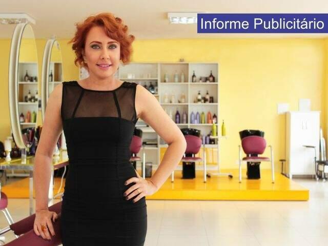 A empresária Ligia Freitas, mais uma vez surpreende suas clientes no Mania de Ligia Beauty Express, tornando-se referência em coloração para cabelos ruivos (Foto: Josiane Paganini)