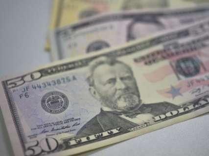 Dólar cai 0,45% e fecha cotado a R$ 3,76, aguardando reforma da Previdência