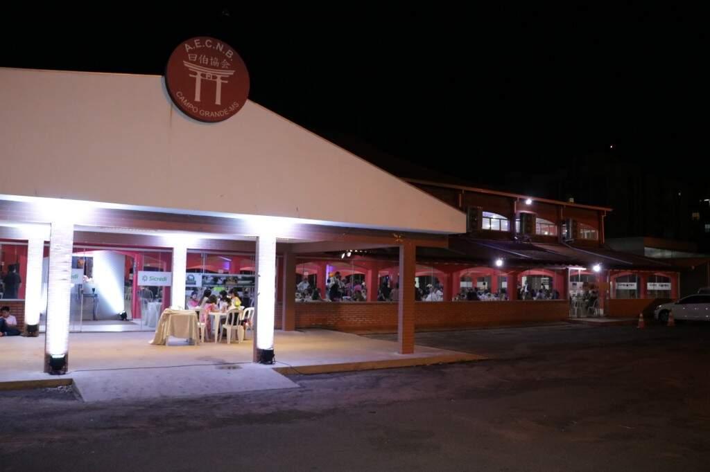 O jantar de abertura do centenário aconteceu na sede do Clube de Campo da Associação Nipo Brasileira (Foto: Kimberly Teodoro)