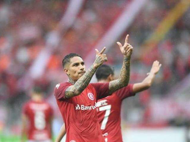 Guerrero contra o Caxias (Foto: Ricardo Duarte / Inter, DVG)