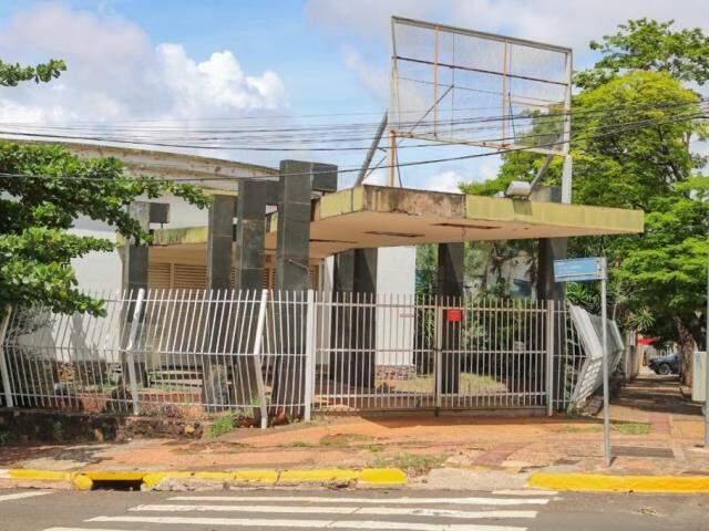 Sede da Sociedade Beneficente Surian fica na Avenida Mato Grosso (Foto: Marcos Maluf)