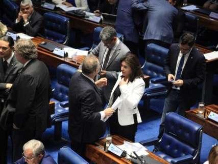 Renan pede ao MDB expulsão de Simone Tebet, afirma jornal