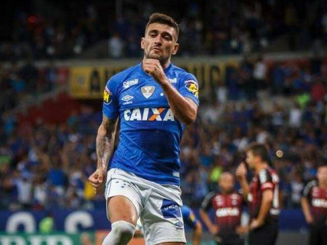 Estreante, Arrascaeta gol da vitória (Foto: Vinnicius Silva/Cruzeiro)