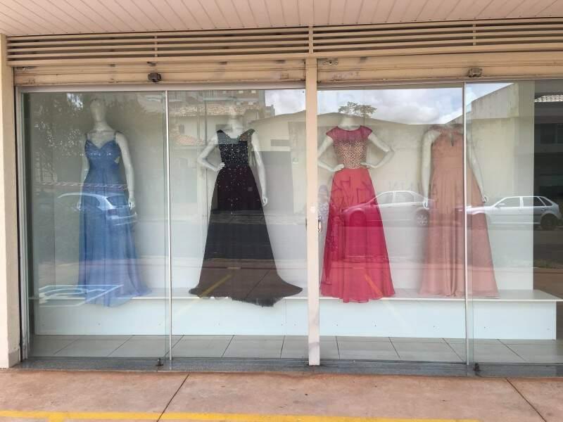 Adele Moda Feminina fica na rua Calarge, 663, Centro (Foto: Divulgação)