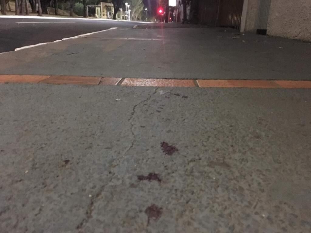 Marcas de sangue de uma das vítimas. (Foto: Adriano Fernandes)