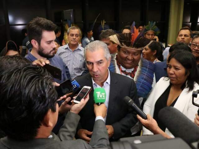 Governador Reinaldo Azambuja, durante evento na Fundação Estadual de Cultura (Foto: Henrique  Kawaminami)