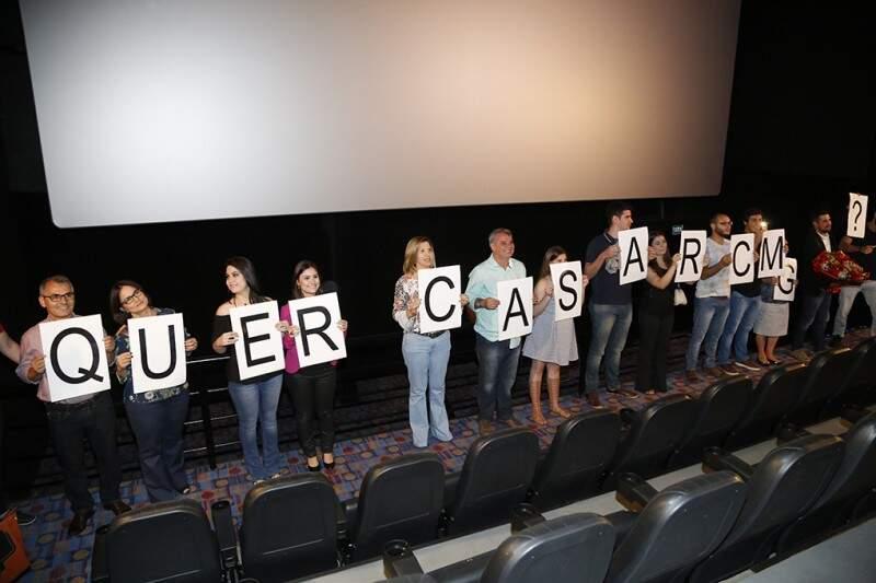 Mais 90 pessoas estiveram envolvidas desde a gravação do vídeo até o pedido final. (Foto: Gerson Walber)