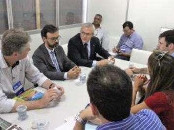 Governo e prefeitura agilizam definição de área para licitar porto seco