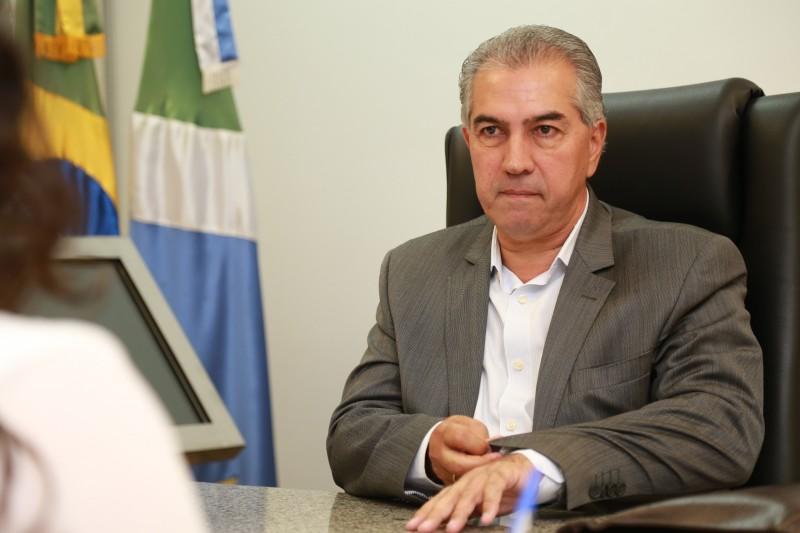 Sem carta para tirar da manga, governador diz que reajuste  dos servidores vai depender do cenário da economia em maio. (Foto: Marcos Ermínio)
