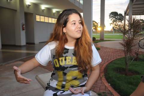Famosa pela novela Avenida Brasil, atriz começa nova etapa estudando na UEMS
