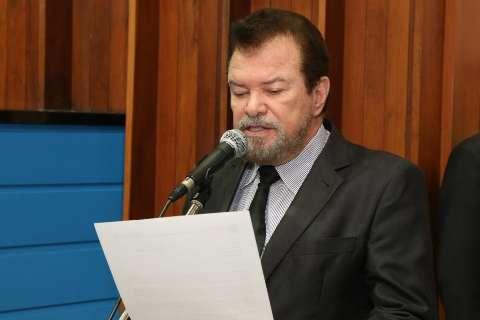 Projeto obriga unidades de saúde a dispor de intérpretes de libras