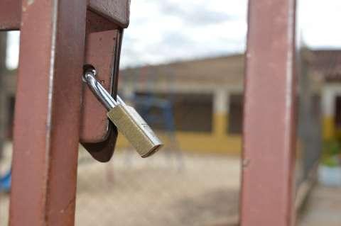 Sem receber da Prefeitura este ano, creches conveniadas ameaçam fechar