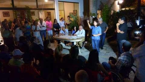 """Caciques do PR afirmam que candidatura de Délia Razuk """"é para valer"""""""