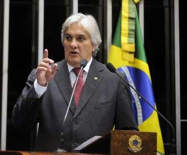 Delcídio é internado em São Paulo e passará por duas cirurgias