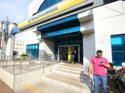 Banco do Brasil muda contas e preocupa clientes sobre restituição