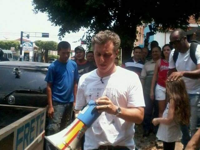 Presença do ator causou alvoroço na cidade. (Foto: Divulgação/O Pantaneiro)