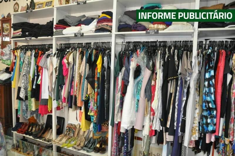Brechó oferece 5 mil peças para cliente ficar a vontade e escolher o que vestir nesse fim de ano. (Foto: Divulgação)