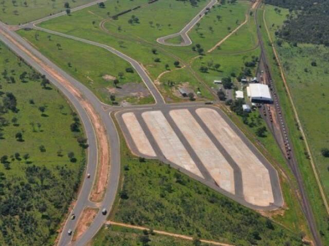Terminal Intermodal de Cargas começou a ser construído em 2007 (Foto: Divulgação/PMCG)
