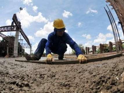 Preço da construção civil tem alta de 0,13% em fevereiro, aponta IBGE