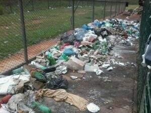 Lixo acumulado na 1ª semana de protesto. Foto: Divulgação