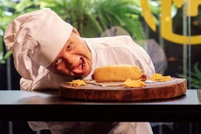 Juliano Varela, que dá nome a instituição campo-grandense é um dos chefs convidados. (Foto: Reprodução Facebook Juliano Varela)